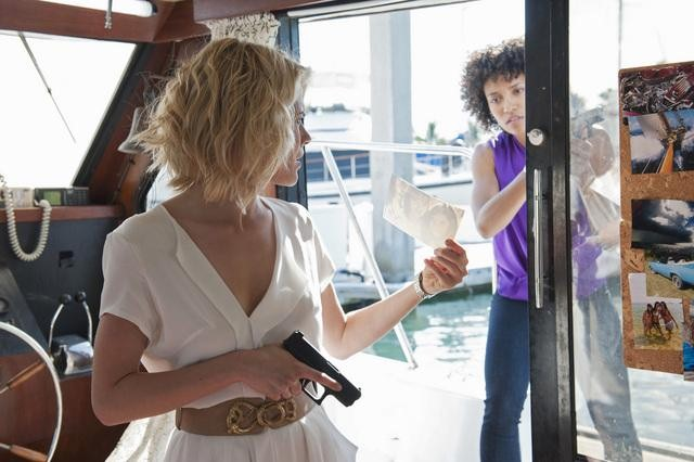 Rachael Taylor and Annie Ilonzeh in ABC&#039;s Charlie Angels.