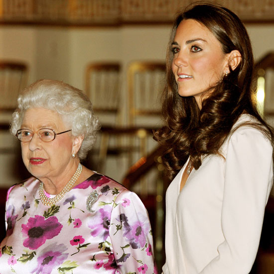 Kate Middleton Pictures With Queen Elizabeth at Buckingham Palace 2011-07-22 13:19:56
