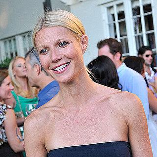 Celebrities' Beach Bag Essentials 2011-08-01 11:55:00