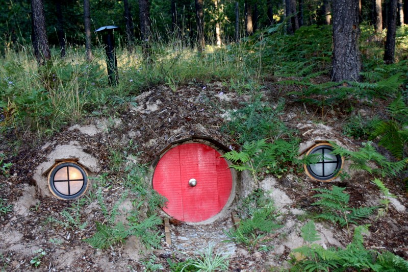 Geek Shot: Stay in the Shire For a Lord of the Rings Vacation