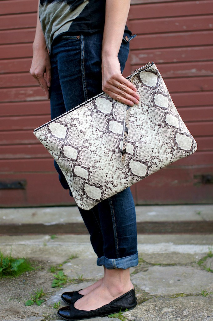 Large Snake Clutch ($135)