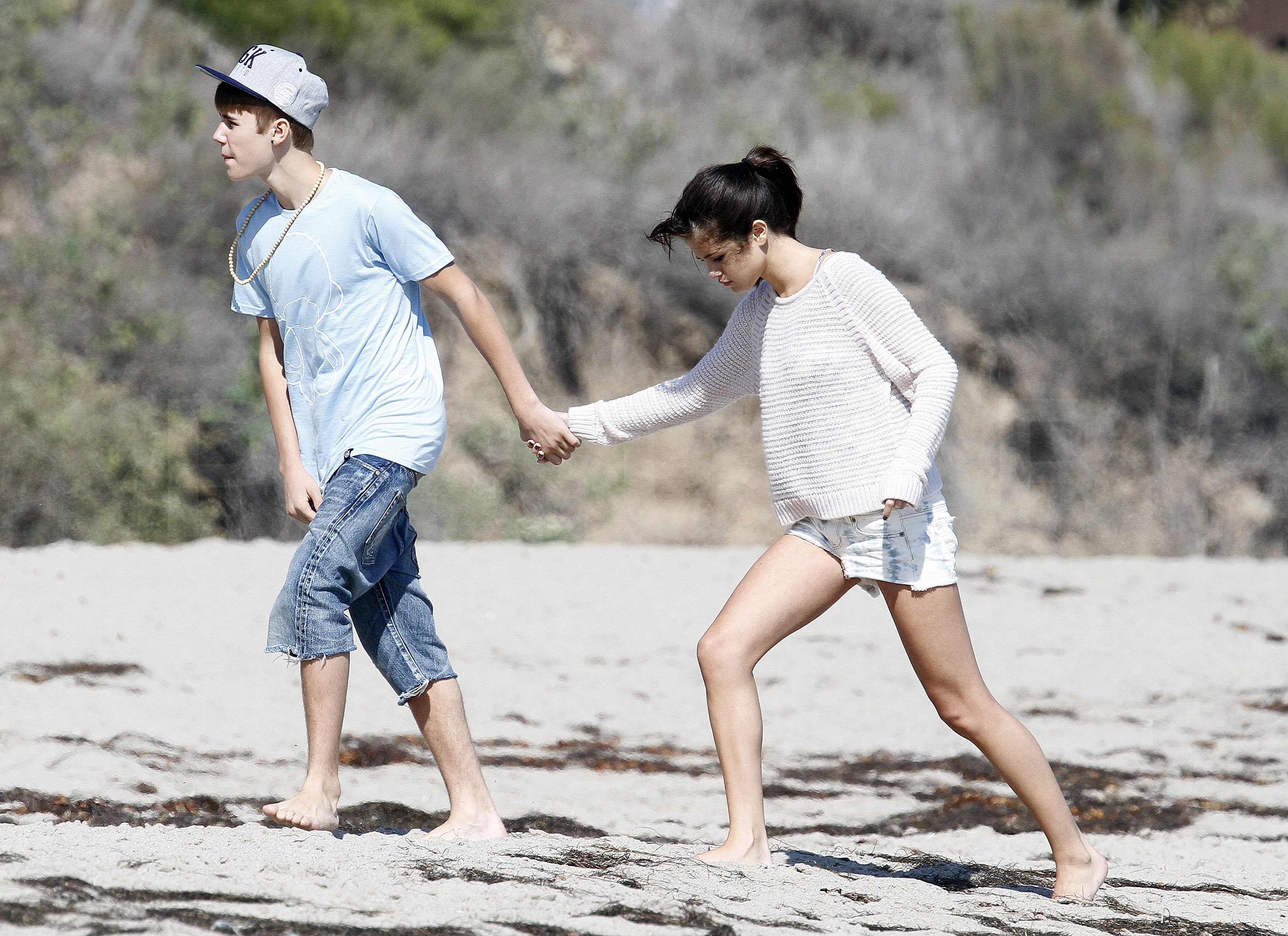 celebrity amp entertainment justin and selena spend a