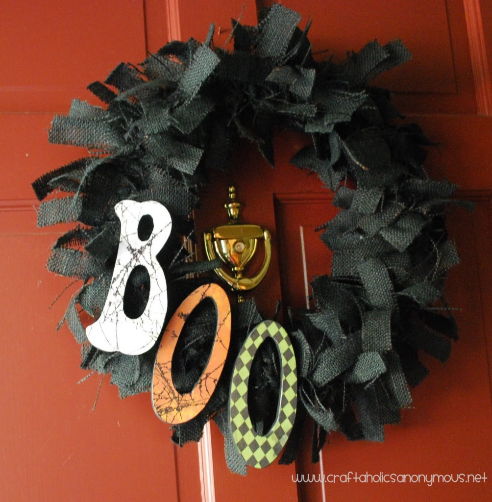 Boo! DIY Wreath Tutorial