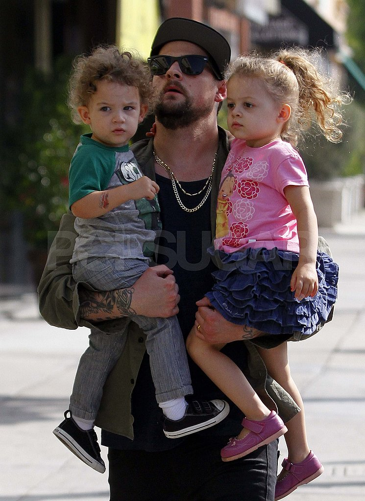 Photo of Joel Madden & his  Son   Sparrow Madden
