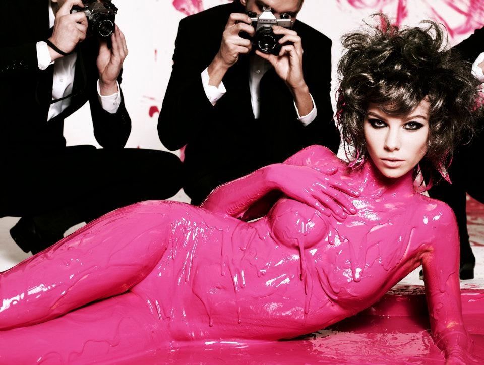 Pictures of Australia's Next Top Model Pink Paint Shoot From Episode 9: See the Girls Pose for Simon Upton