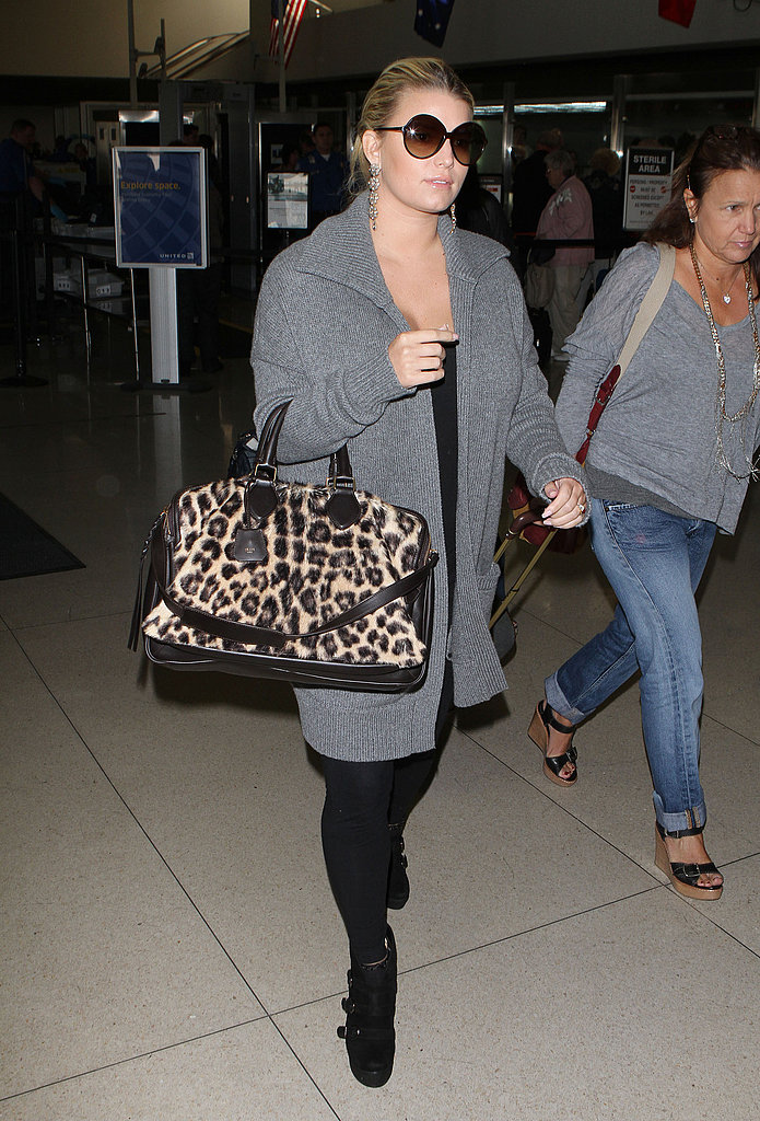 Jessica Simpson arrived at LAX in casual travel gear.