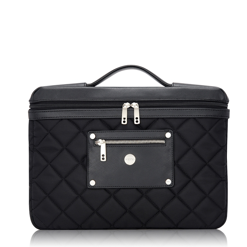 For the Royally Obsessed: Knomo Slim Bag ($80)
