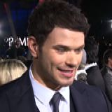 Kellan Lutz and Henry Cavill at Immortals Premiere (Video)