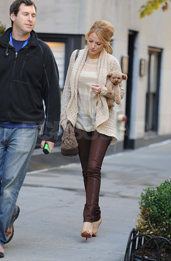 Blake Lively on the NYC set of Gossip Girl.