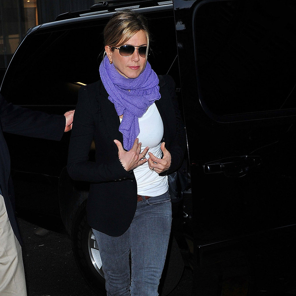 Jennifer Aniston and Justin Theroux Make a Love Match in NYC