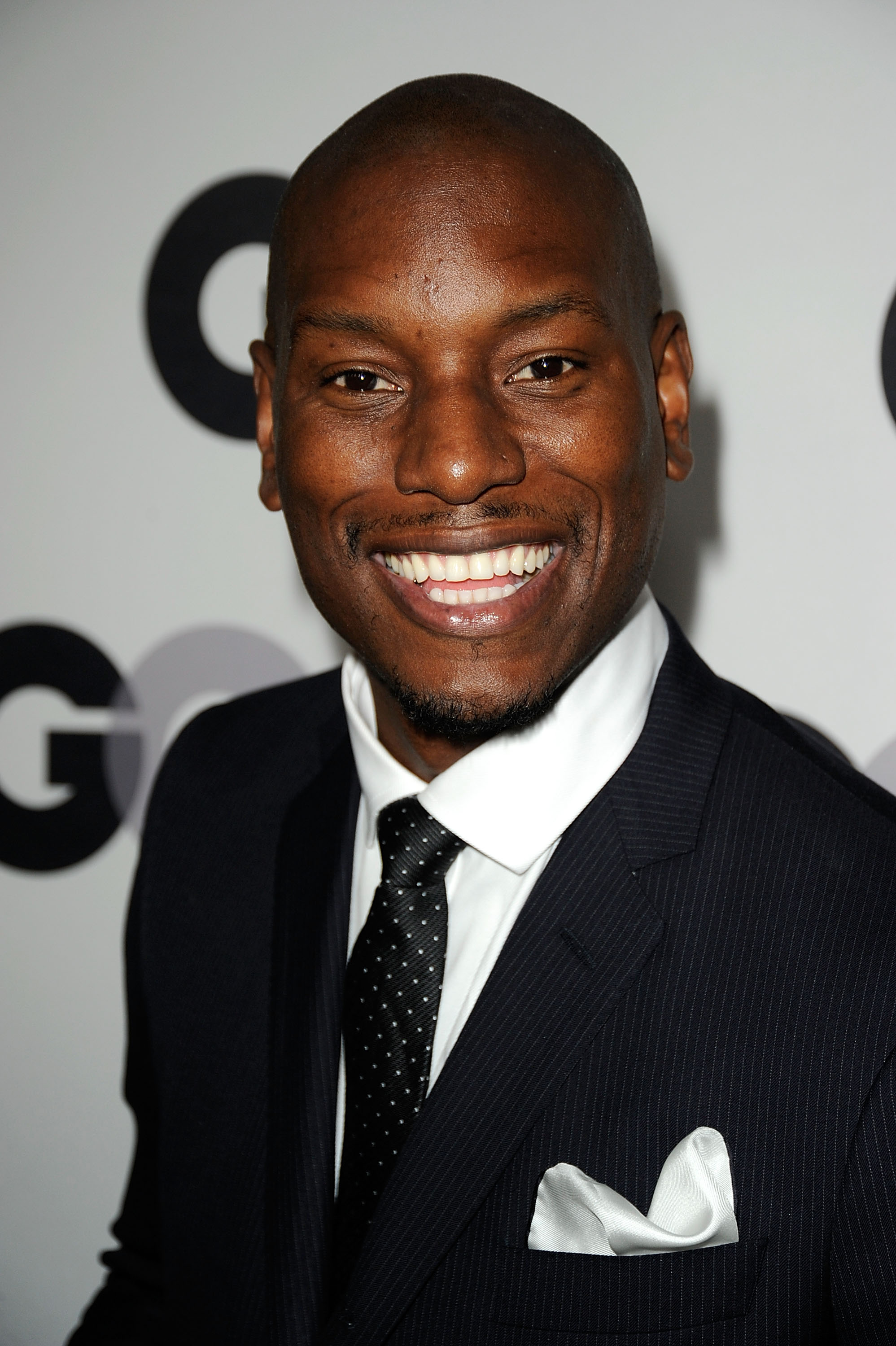 Tyrese Gibson gave his signature smile on the black carpet. - Tyrese-Gibson-gave-his-signature-smile-black-carpet
