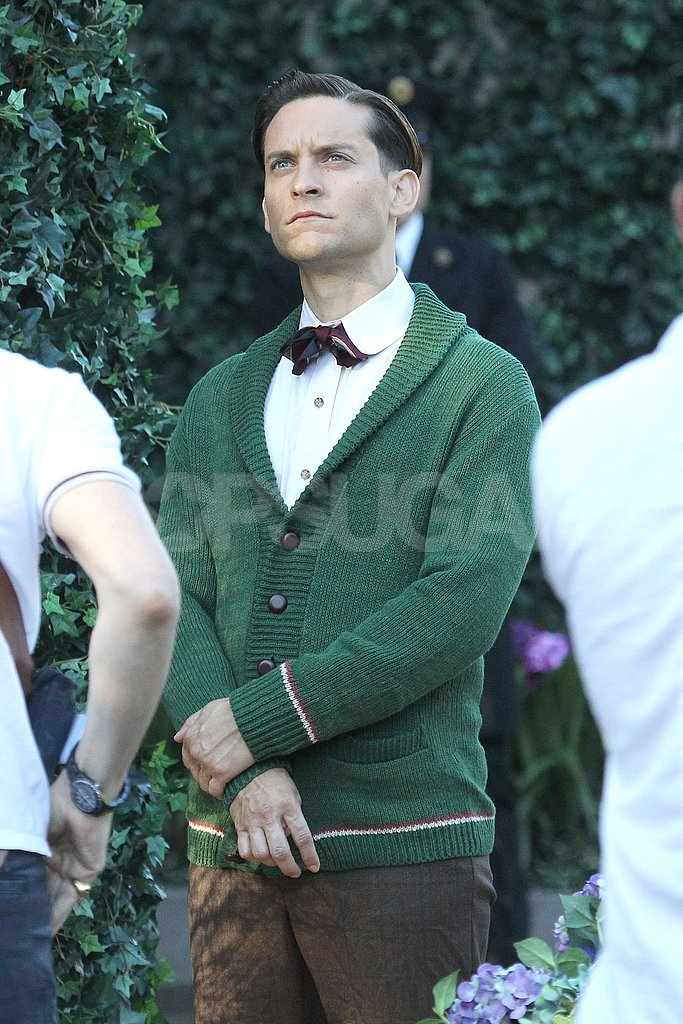Tobey Maguire was in costume for The Great Gatsby. | Carey ...
