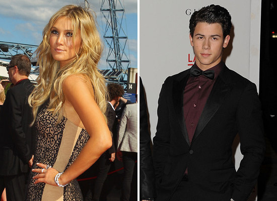 Nick Jonas Meets Girlfriend Delta Goodrem's Mum in Australia
