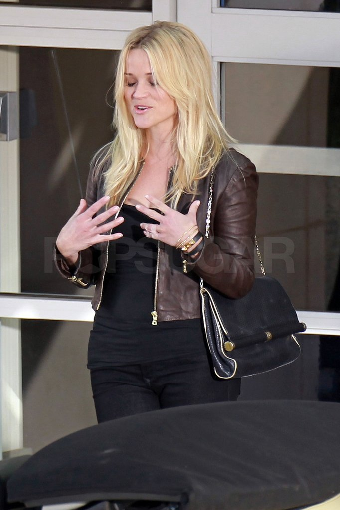 Reese Witherspoon was still sporting a splint on her finger.