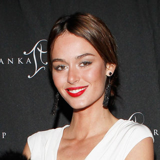 This Week's Top 5 Celebrity Beauty Looks Featuring Rooney Mara, Camilla Belle, Rose Byrne & More!