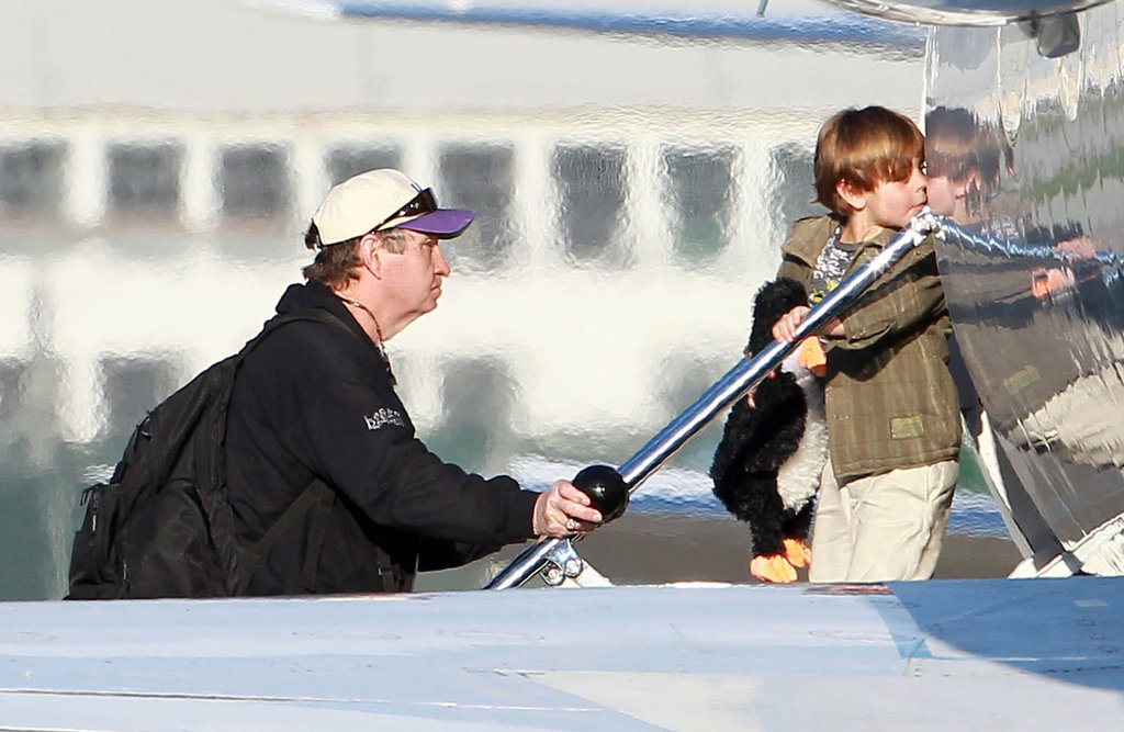 Jamie Spears helped his grandson, Sean Preston, down from an airplane in LA.