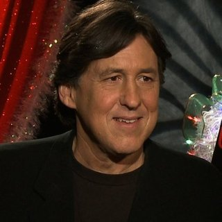 Cameron Crowe We Bought a Zoo Interview (Video)