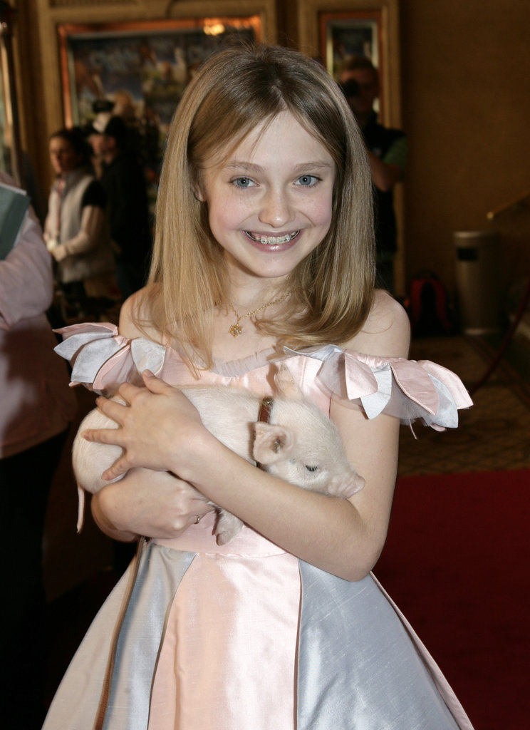 Dakota Fanning and her piglet Wilbur appeared at the 2006 premiere of Charlotte's Web.