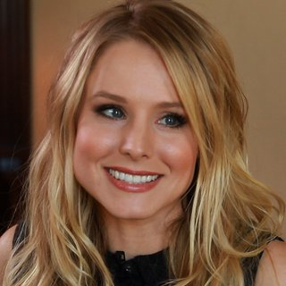 Kristen Bell House of Lies Interview Video