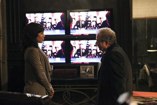 Kerry Washington and Jeff Perry in Scandal.