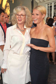Operation-Rescue-Newsletter-Gwyneth-Paltrow-her-mom-Blythe