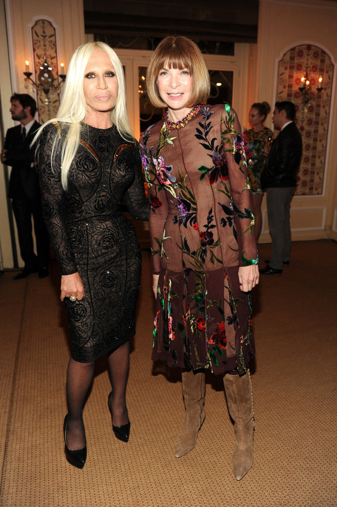The host, Donatella Versace, chatted with Vogue's Anna Wintour.