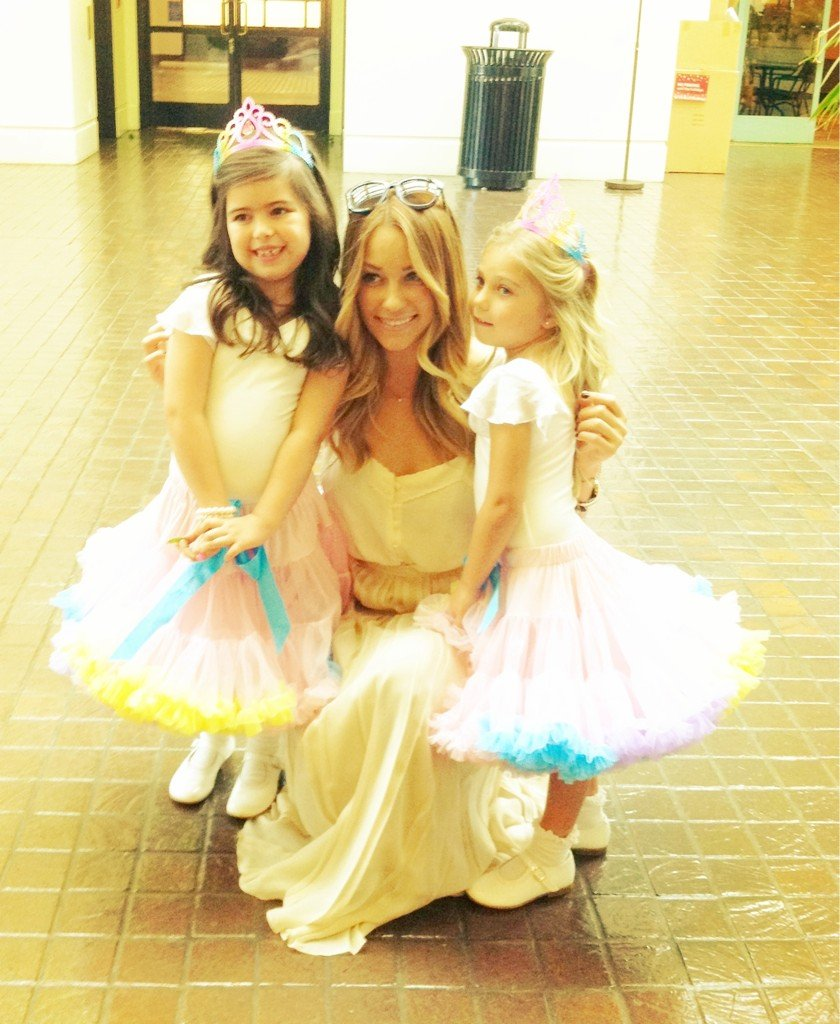 "Lauren Conrad posted a photo after she met the ""Super Bass"" girls in LA. Source: Twitter user laurenconrad"