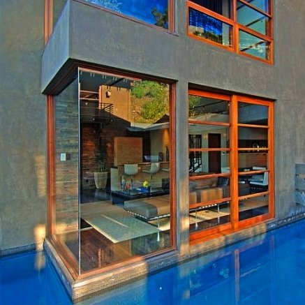 Hollywood Hills House by Whipple Russell