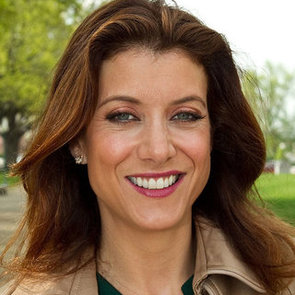 Kate Walsh's New Perfume, Billionaire Boyfriend
