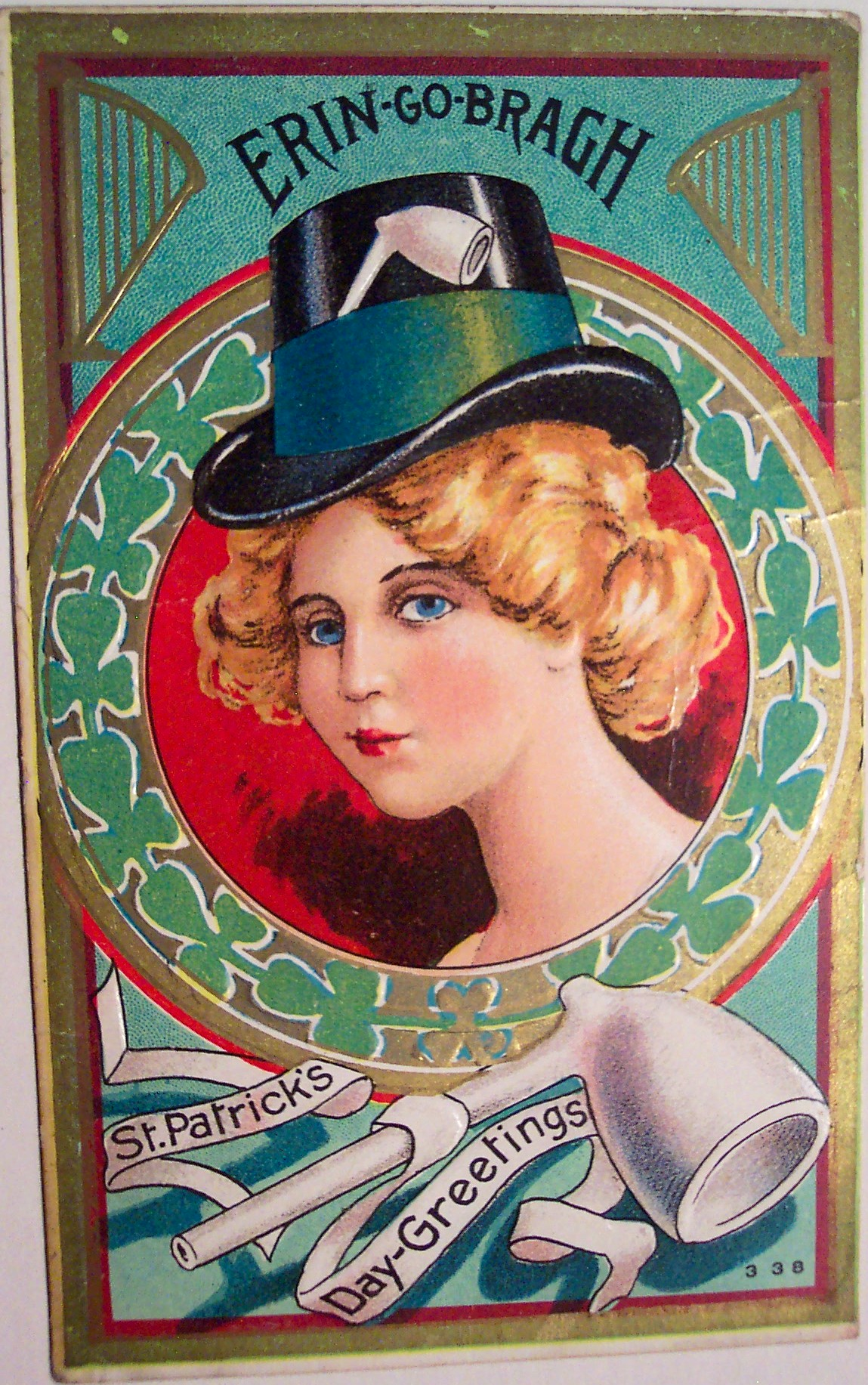 This is a very pretty vintage St. Patty's Day card. Source: Flickr User riptheskull