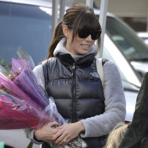 Jessica Biel Engagement Ring Pictures at Farmers Market