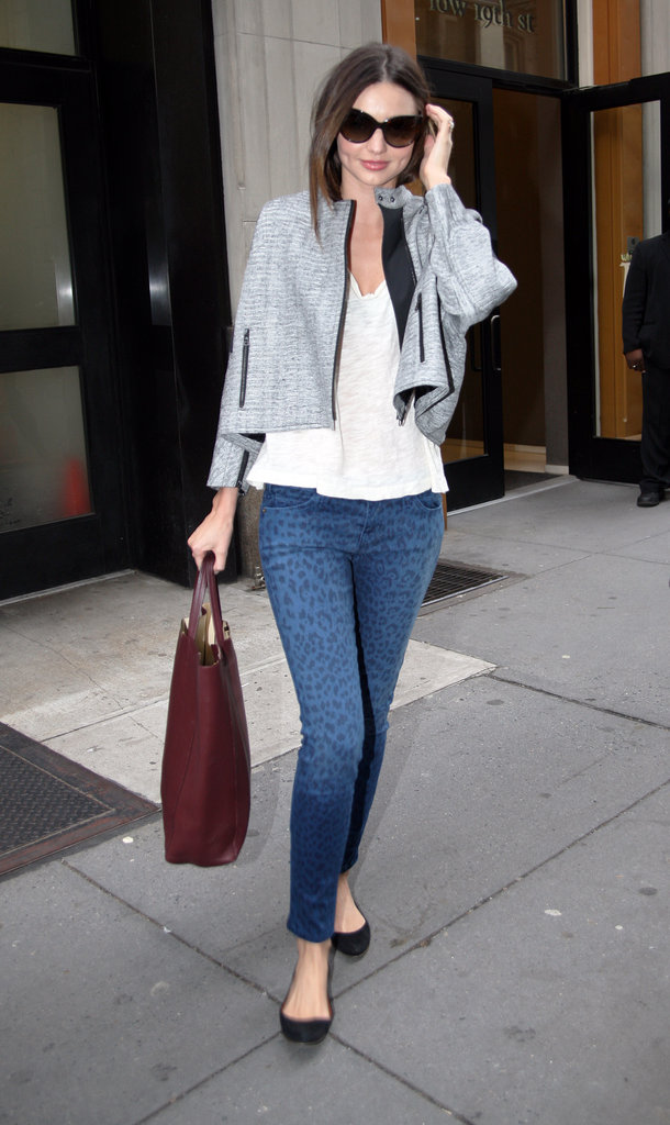 Miranda's printed Current/Elliott skinnies inject interest to her simple ensemble.