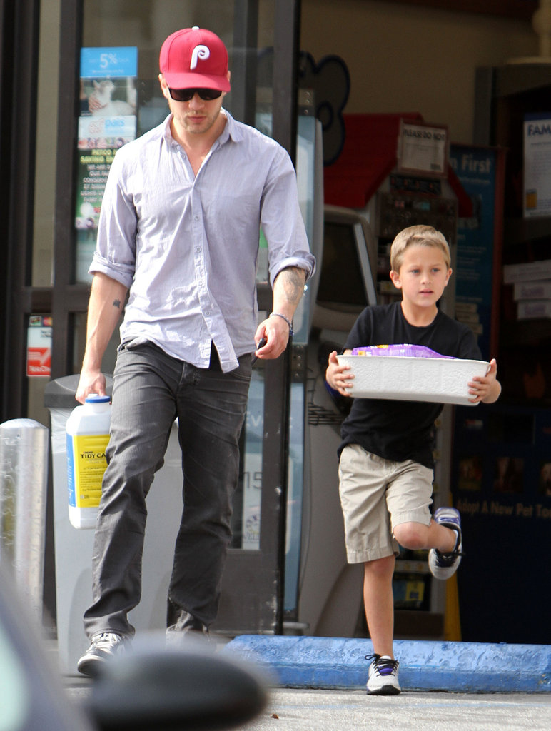 Ryan Phillippe and Deacon Phillippe picked up supplies at an LA Petco Friday.