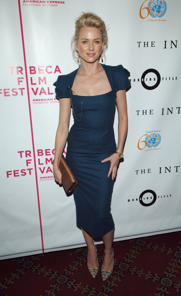 Naomi Watts donned a t...