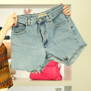 Watch Our How-To DIY fashion Video: Denim Cut-Off Shorts!