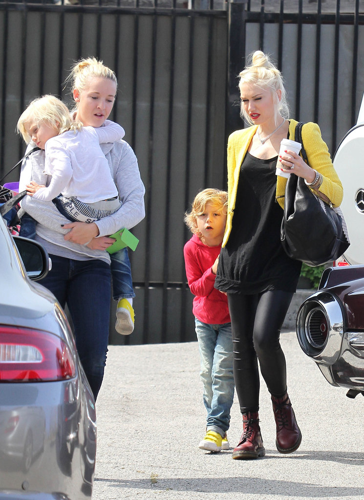 Gwen Stefani held Kingston's hand on the way to an ice-skating rink in LA.