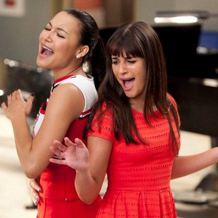 "Glee Recap ""Dance With Somebody"""