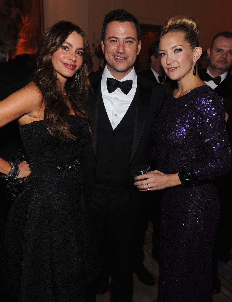 Kate Hudson and Sofia Vergar posed with Jimmy Kimmel.