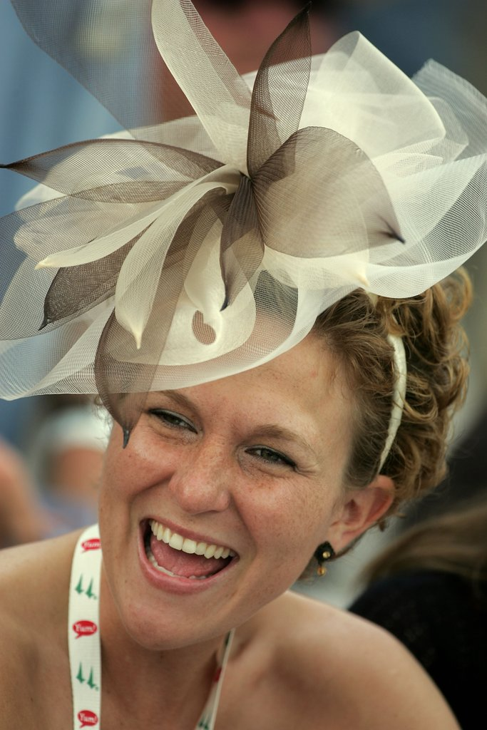 Check out this headband creation at the 2007 Derby.