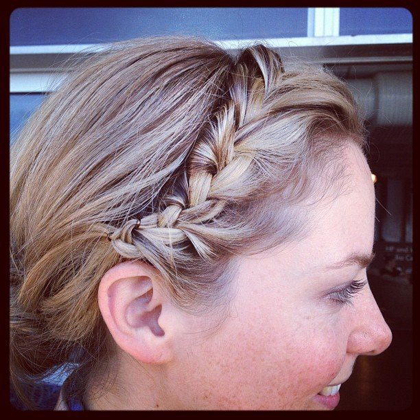 The end result, a cute braided up 'do.