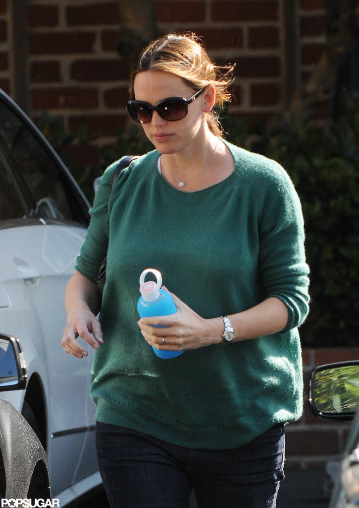 Jennifer Garner carried a water bottle with her while out and about in LA.