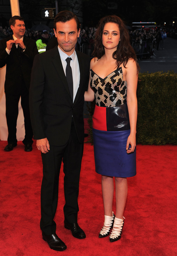 Kristen Stewart arrived to the Met Gala wearing Balenciaga with designer Nicolas Ghesquiere.