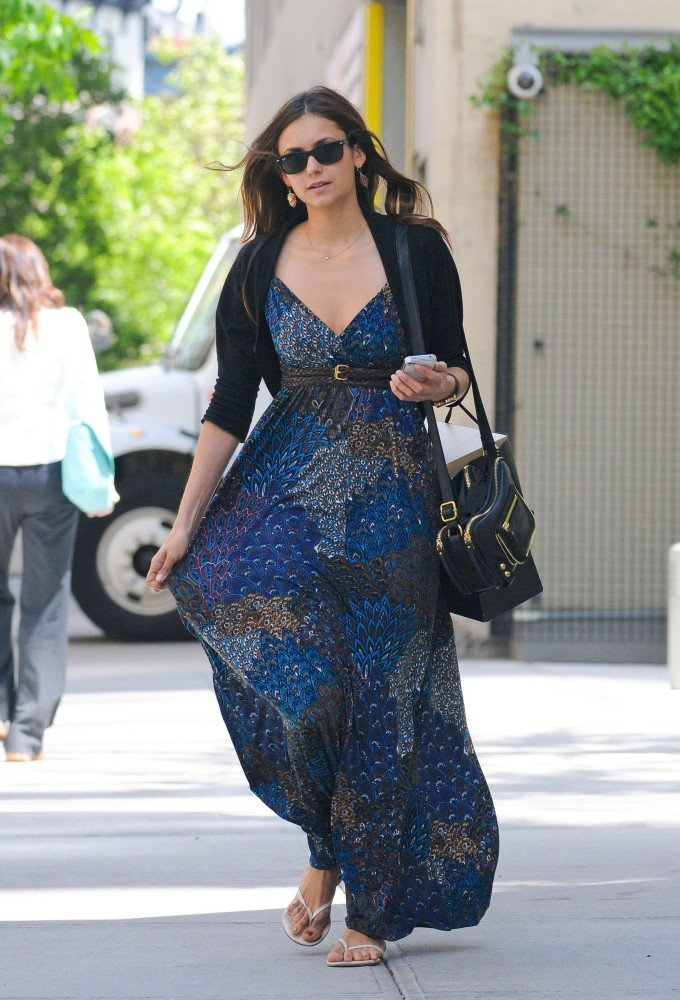 Nina-Dobrev What to Wear on Mothers' Day-17 Cute Mother's Day Outfits