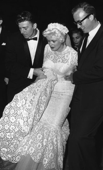 Jayne Mansfield Gets a Lift