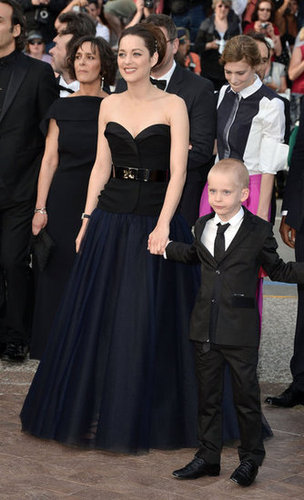 Marion Cotillard arrived at the De Rouille et D'Os premiere in an ultraelegant strapless gown.