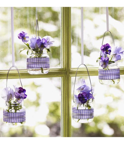 Crafts: Hanging Baby-Food Jar Vases