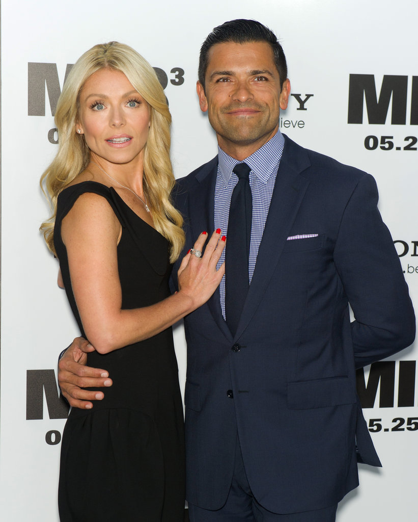 Kelly Ripa and husband Mark Consuelos attended the Men in Black III premiere in NYC.