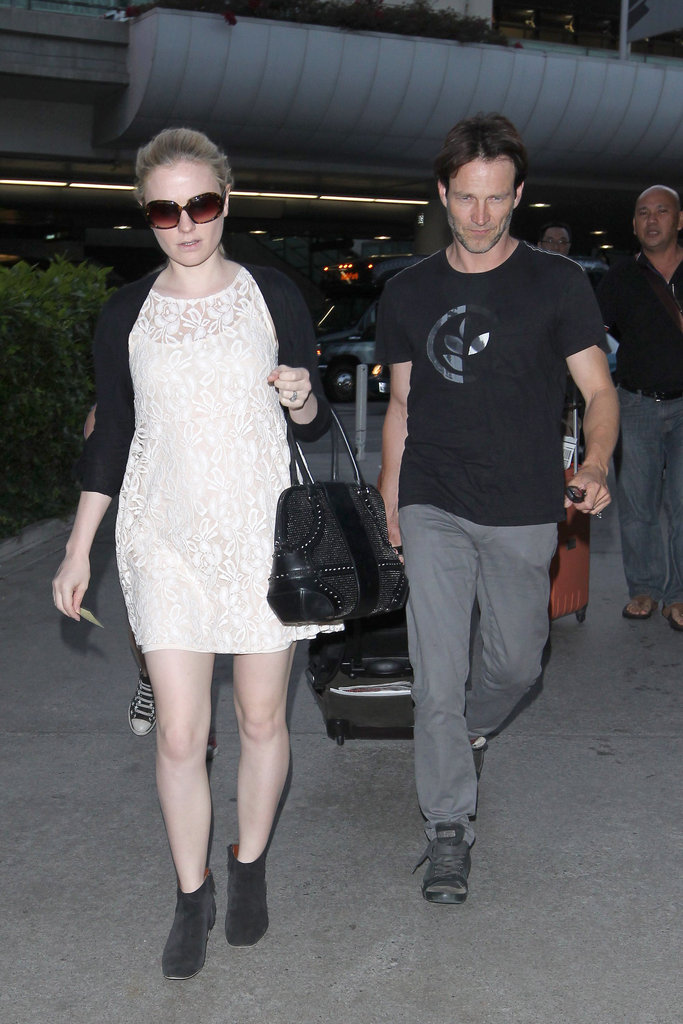 Anna Paquin and Stephen Moyer were spotted at the airport.