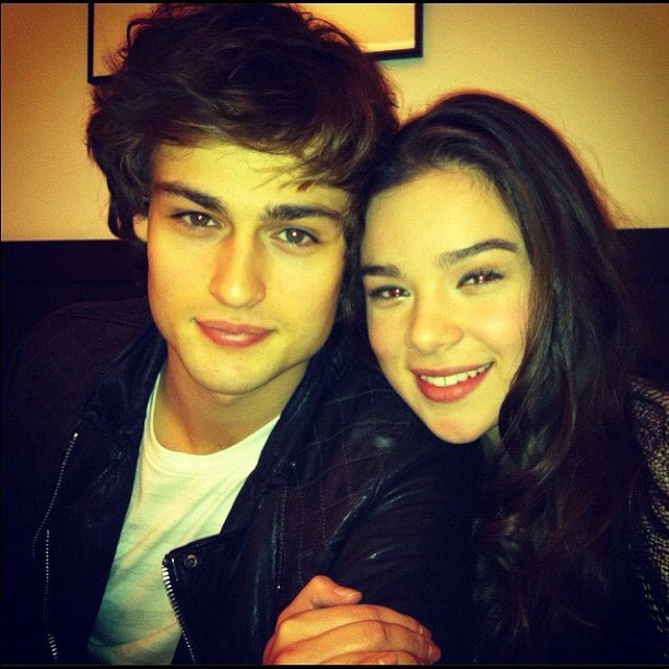 Hailee Steinfeld shared her close-up with Douglas Booth. Source: Instagram user haileesteinfeld
