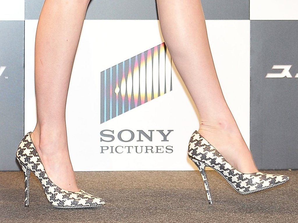 We're kind of in love with Emma's Salvatore Ferragamo houndstooth-printed pumps.